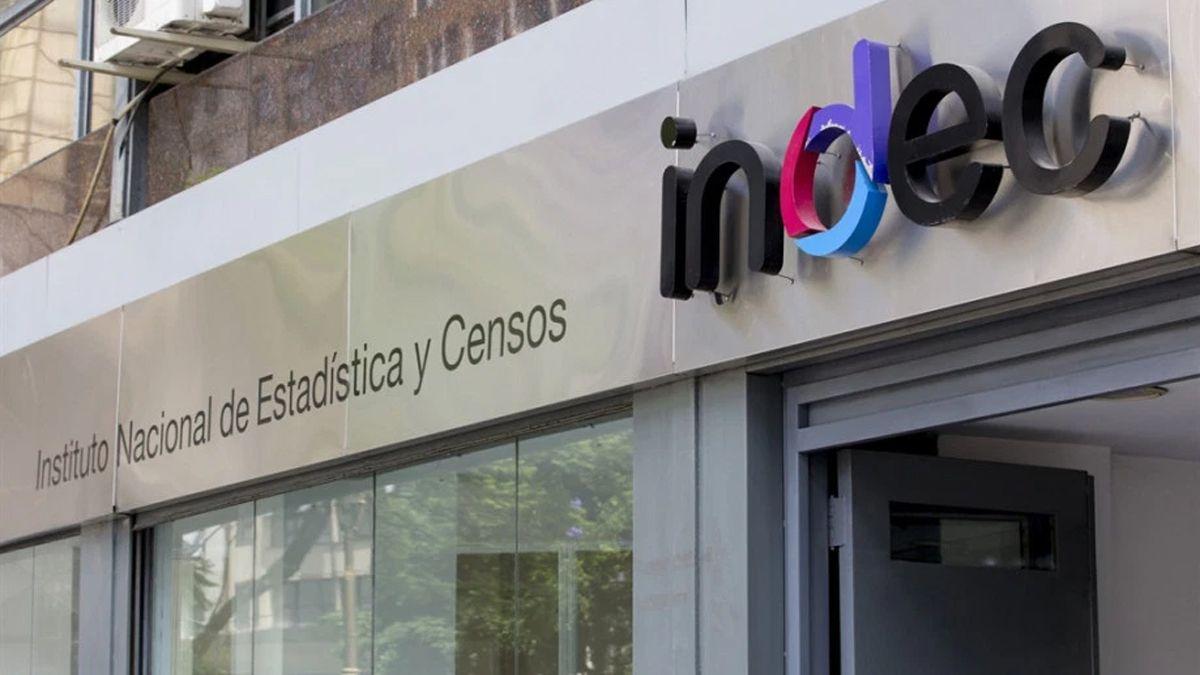Indec informará la inflación de octubre: sería la más alta del año