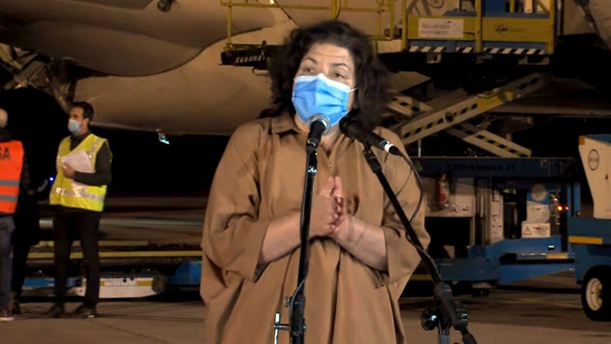 Carla Vizzotti regresó desde el Reino Unido y brindó una conferencia de prensa.