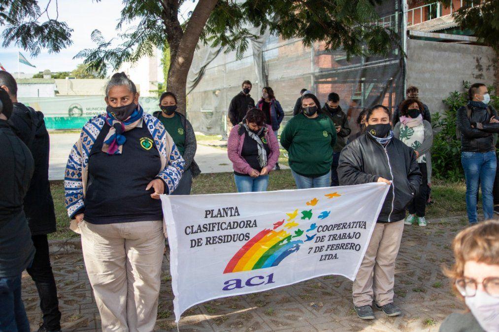 El Municipio acompaña el impulso de la planta clasificadora de la cooperativa de mujeres 7 de febrero.