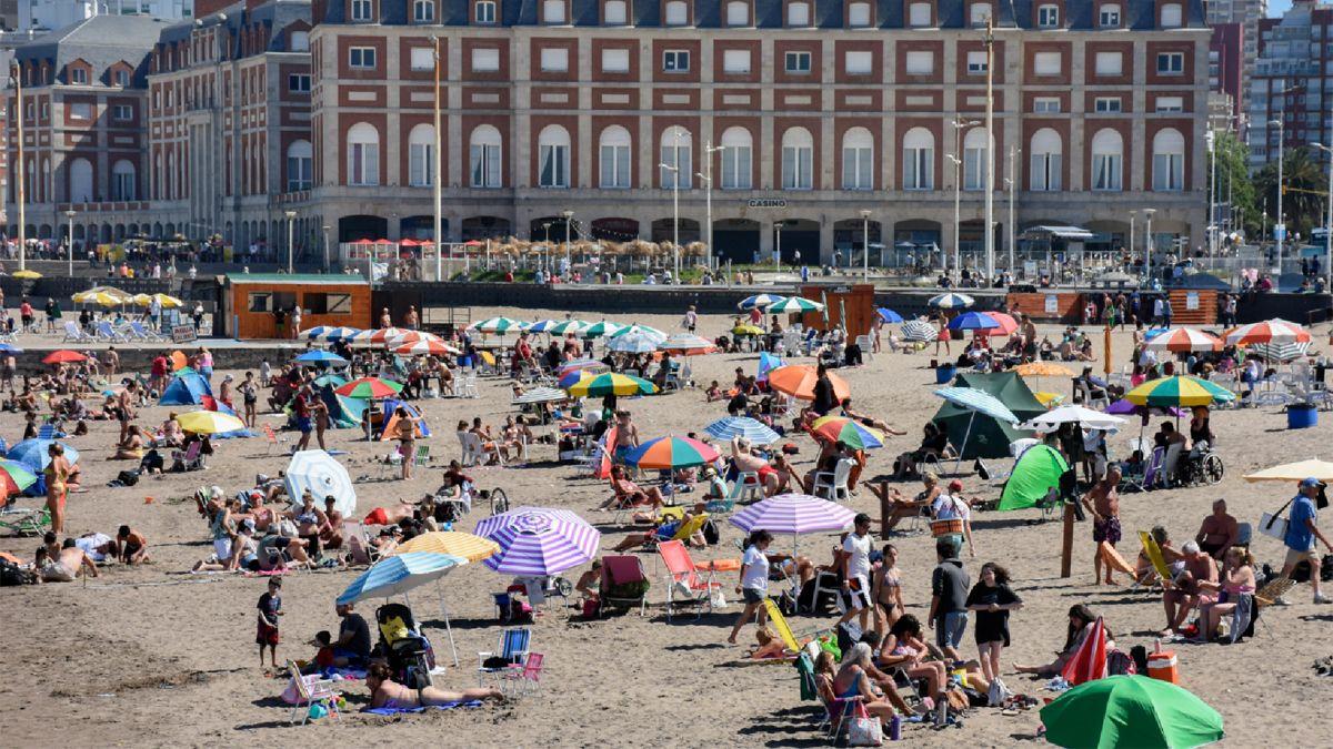 """En los centros turísticos se apuntó más a la adquisición de servicios que de bienes"""""""
