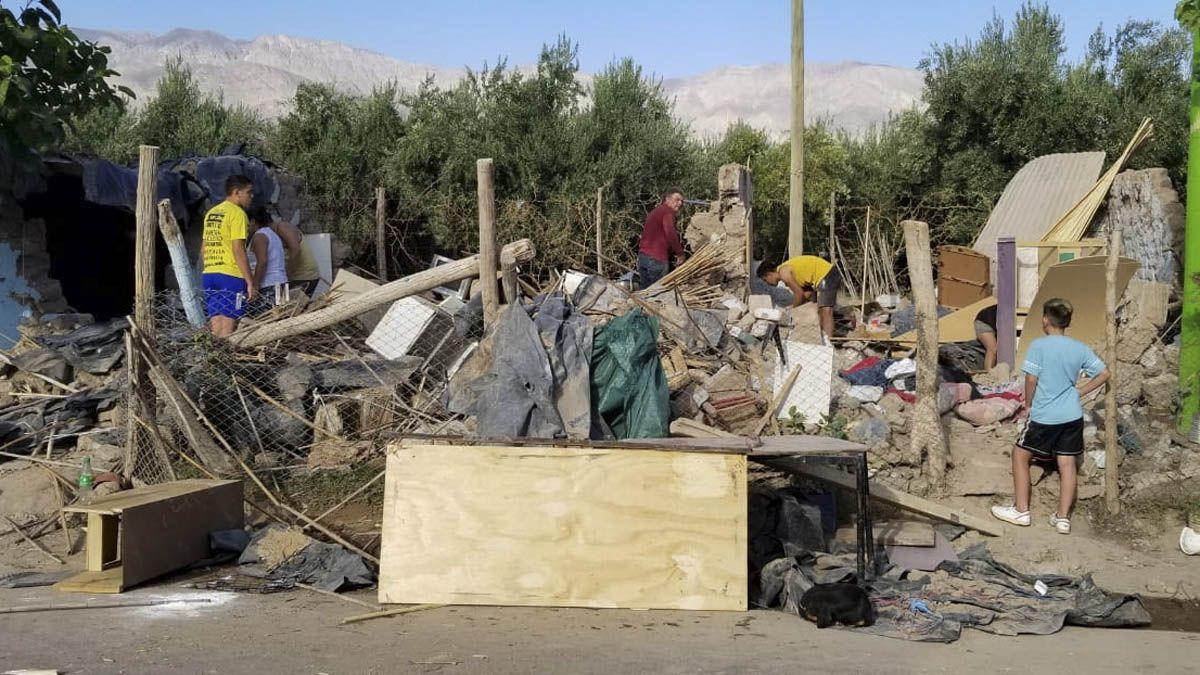 En algunas localidades hubo construcciones precarias que se derrumbaron.