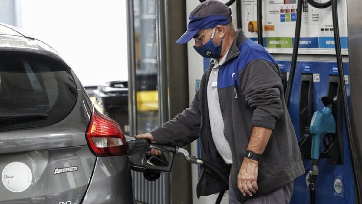 YPF aumenta los precios de sus combustibles desde este sábado.