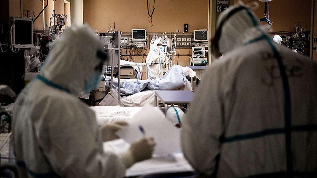 Córdoba registró 2.701 casos y el  86% de las camas están ocupadas