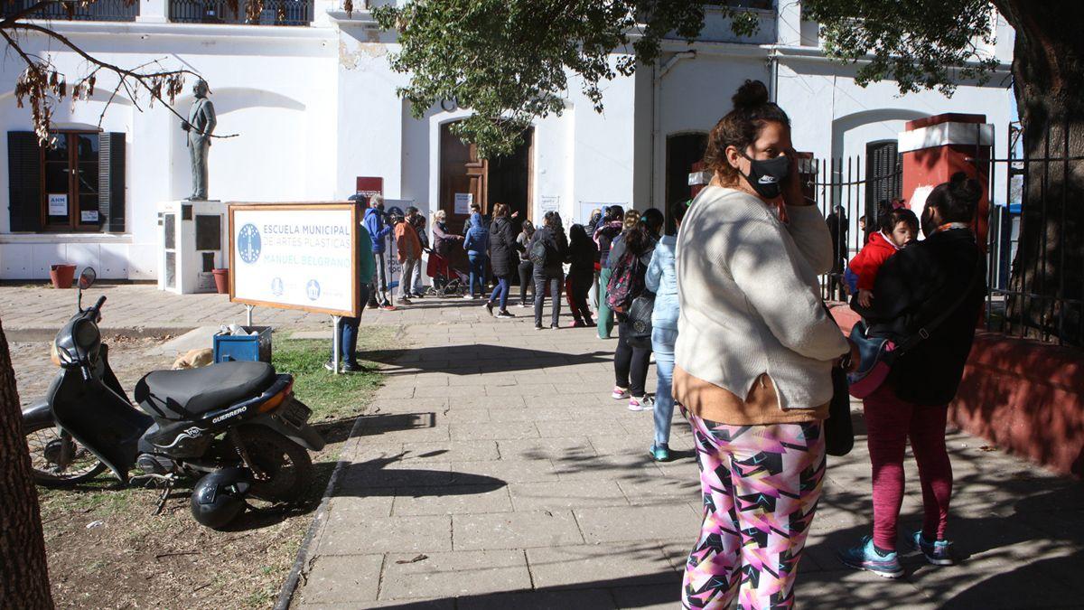 Entregaron más de 2.800 tarjetas Alimentar en Río Cuarto.