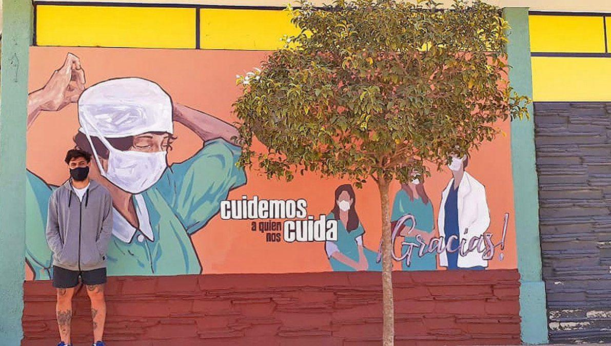 En Achiras, el homenaje de un artista a los héroes de esta pandemia