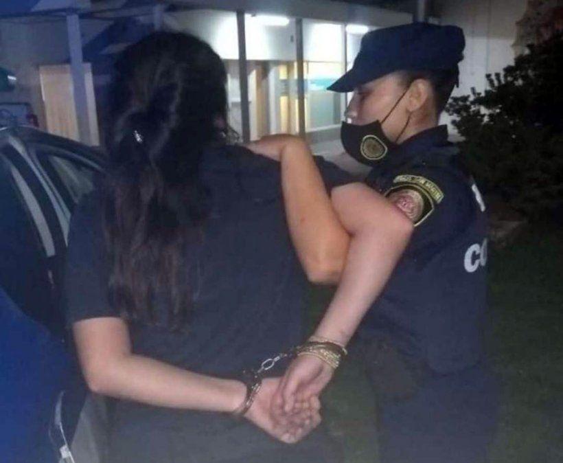 Una mujer detenida por amenazar a empleados de una estación de servicio