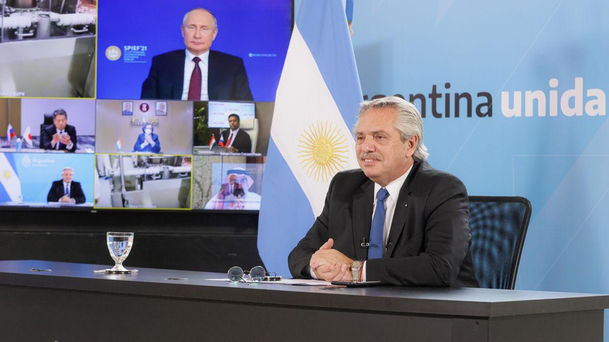 Alberto Fernández compartió con Putin el anuncio del inicio de la elaboración de Sputnik V en Argentina.