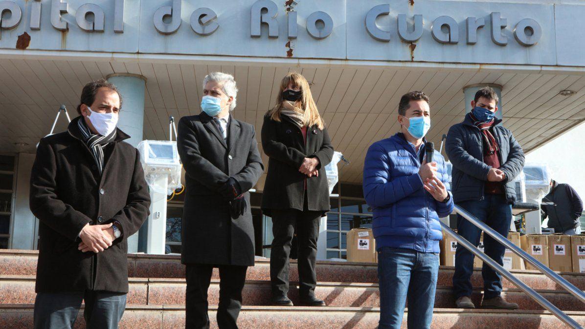Entregaron 10 respiradores y ya hay 740 camas críticas en la provincia