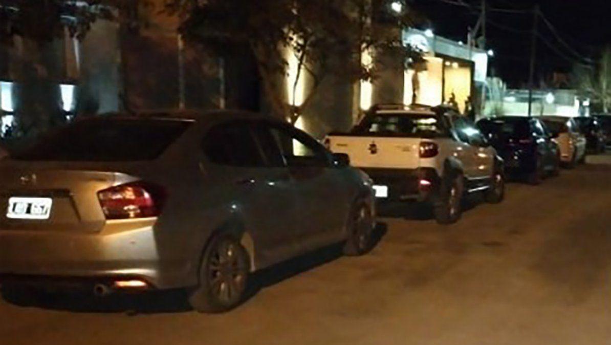En una vivienda de barrio Palermo había 50 personas reunidas.