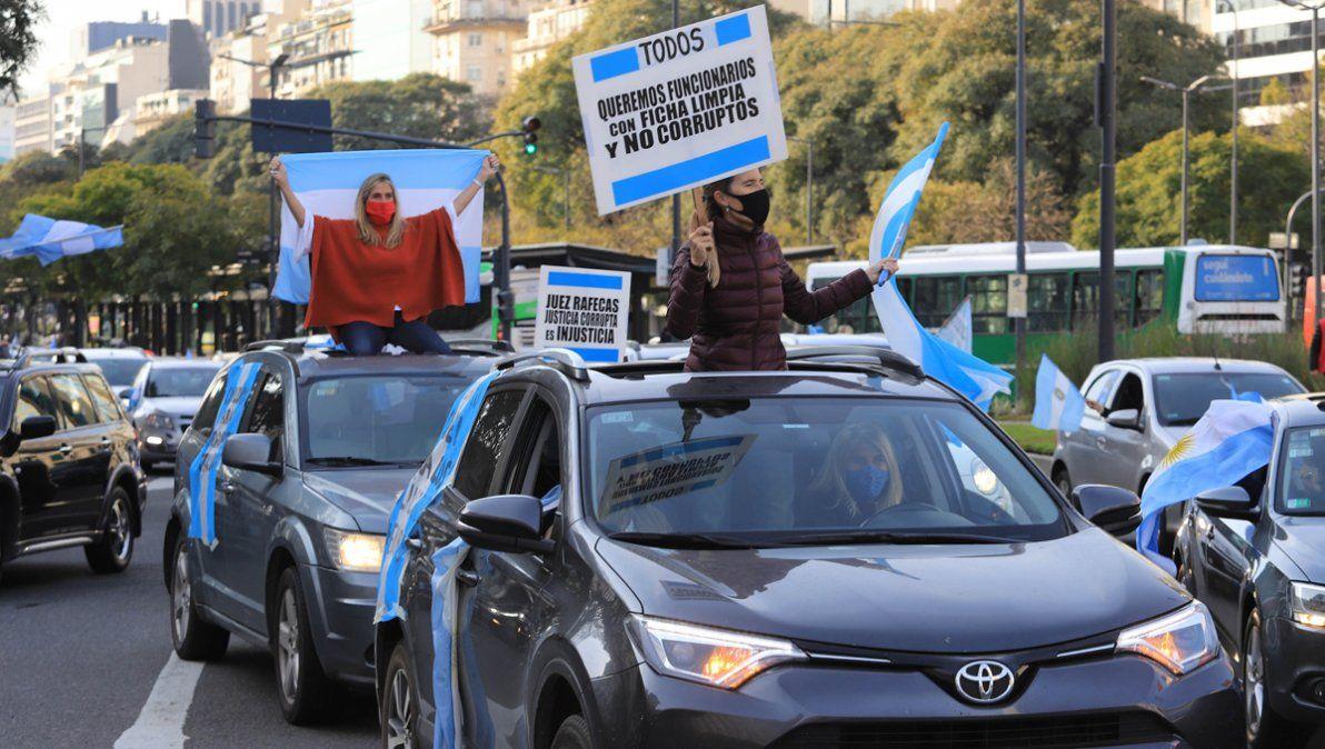 Primera movilización contra la reforma judicial