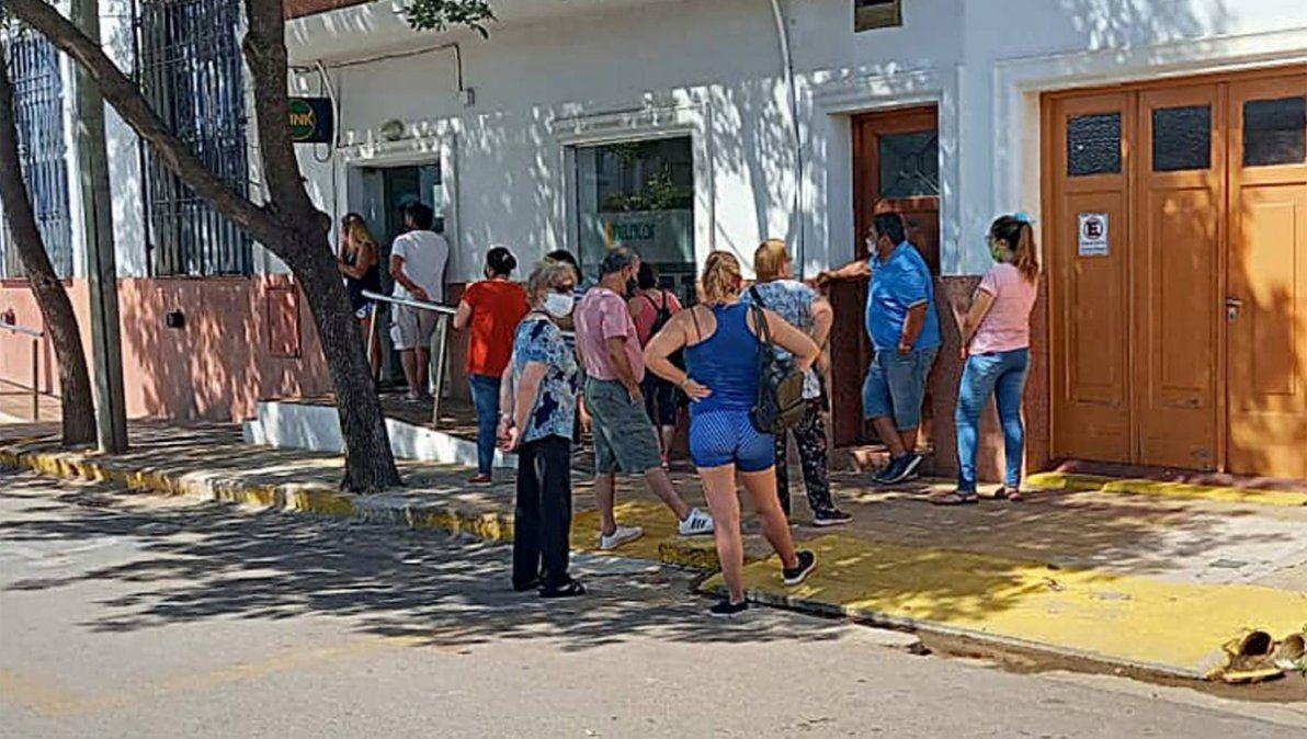 Sampacho: denuncia ante el Banco Central por deficiencias en los cajeros