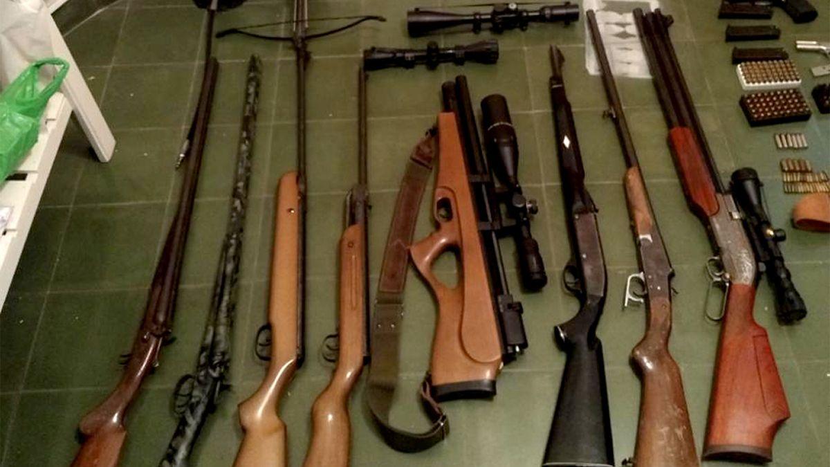Algunas de las armas secuestradas ayer en Cabrera al 1700.