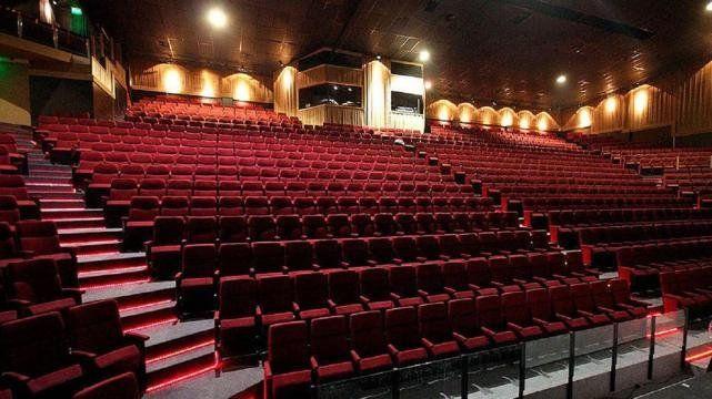 Carlos Paz abre los teatros en enero.