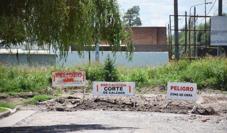 Vecinos del Belgrano reclaman por descuidos en tramos de obras
