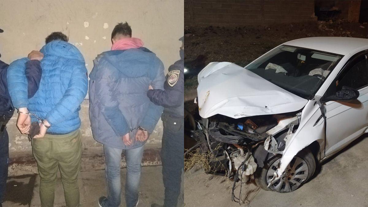 Los dos jóvenes fueron detenidos al impactar contra un paredón en barrio Alberdi.
