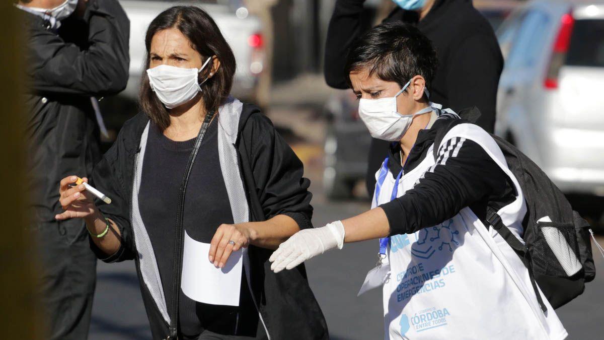 Otras 92 personas murieron y 5.083 fueron diagnosticadas con coronavirus en el país