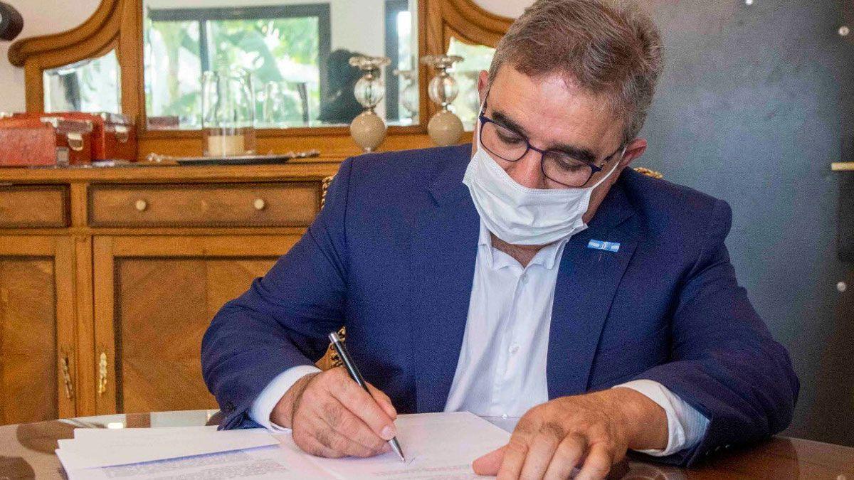 El gobernador de Catamarca
