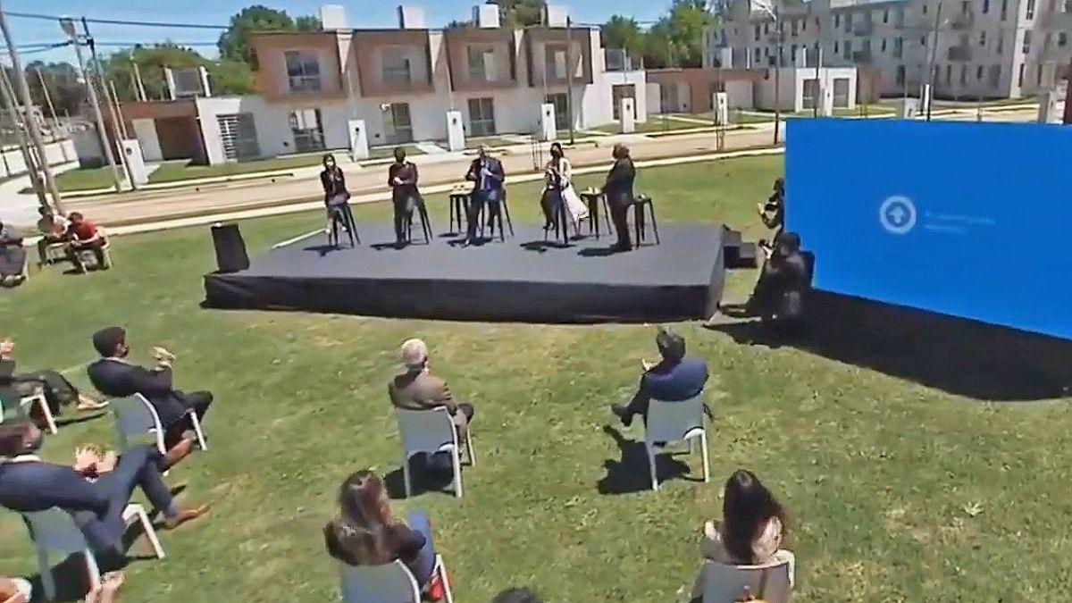 El presidente encabezó un acto en el Municipio de Ezeiza.