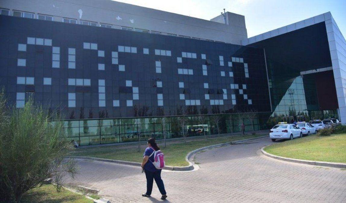 Covid:el Hospital Regional Pasteur es centro de referencia en la región.