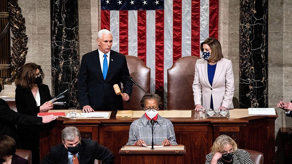 Luego de los disturbios, el Congreso pudo certificar la victoria de Biden