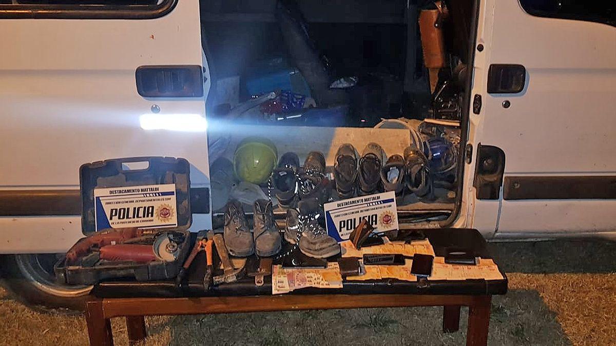Cuatro foráneos detenidos en Mattaldi tras el robo a una compañía telefónica