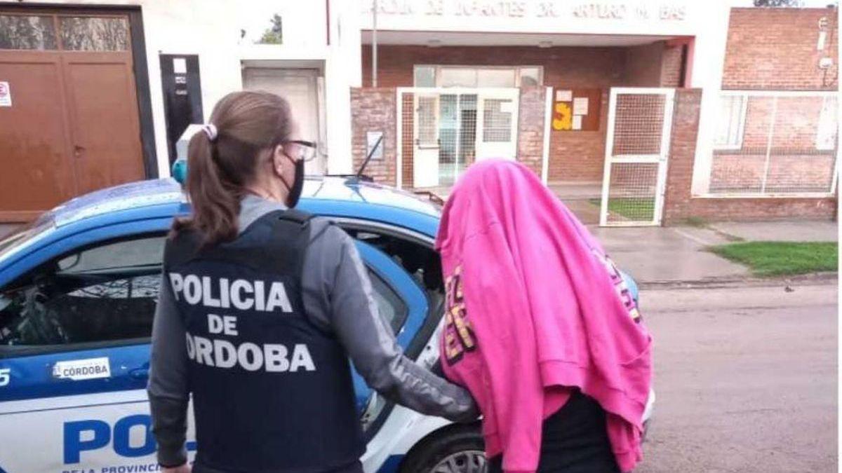 La detuvieron por supuesta estafa en Barrio Las Playas