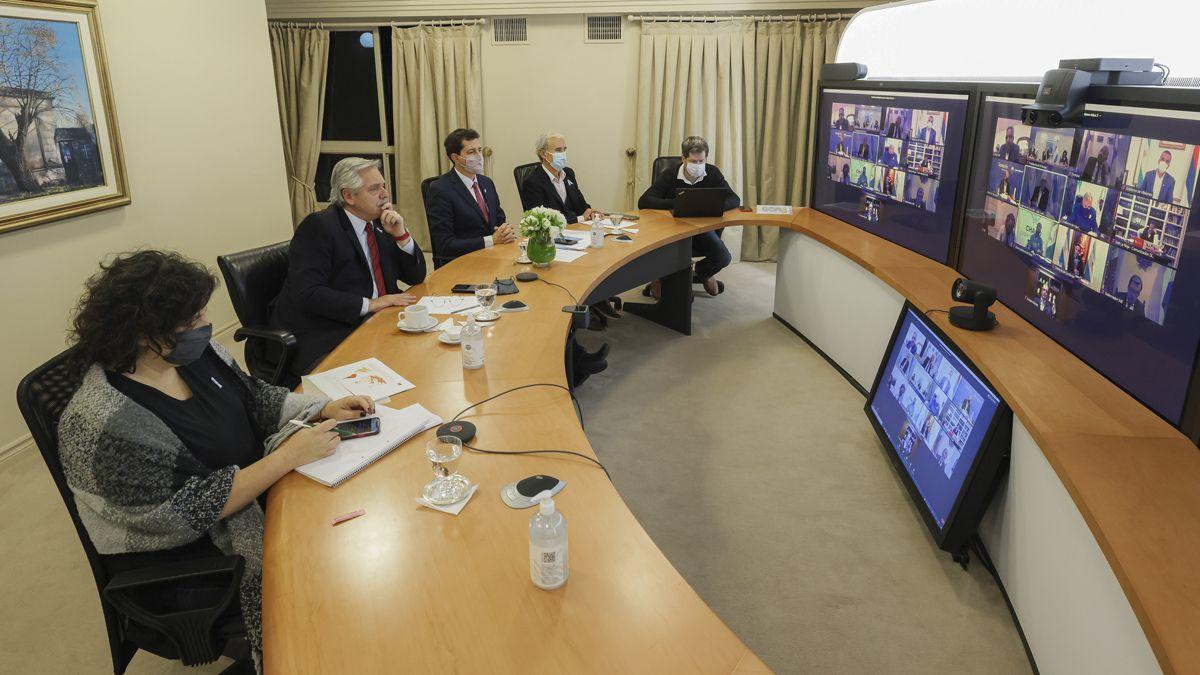 Alberto Fernández encabezó una videoconferencia con gobernadores.