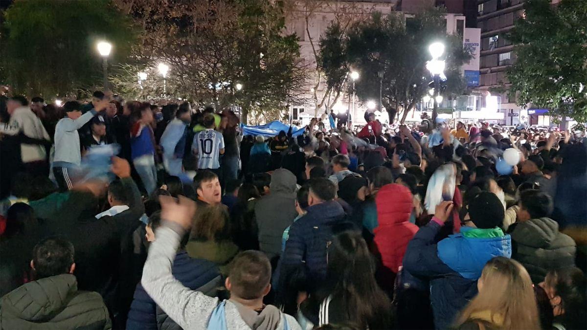 Las celebraciones se concentraron en Plaza Roca.