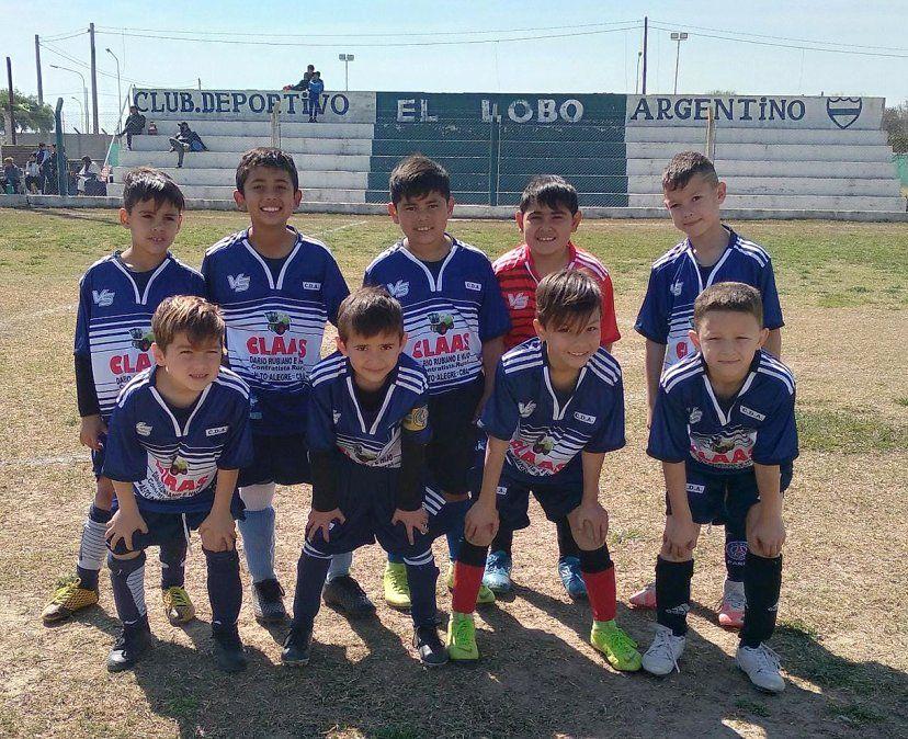 """Los pequeños """"lobitos"""". Argentino es el equipo más efectivo del torneo """"Germán Delpino""""."""