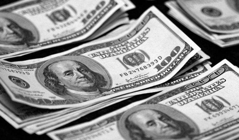 Venden US$ 636 millones en 2 días para frenar el dólar