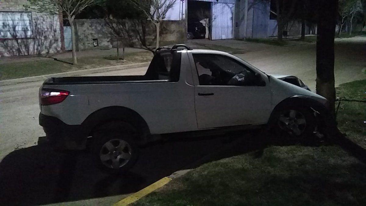 Accidente auto-moto en La Playosa: el conductor del rodado menor está grave