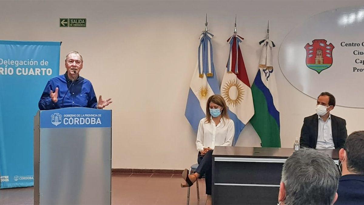 El gobernador anunció obras de infraestructura para Río Cuarto.