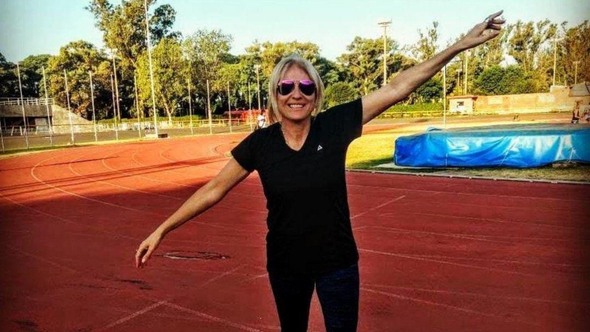 Carola Doñate en una pista de atletismo. Su lugar en el mundo.