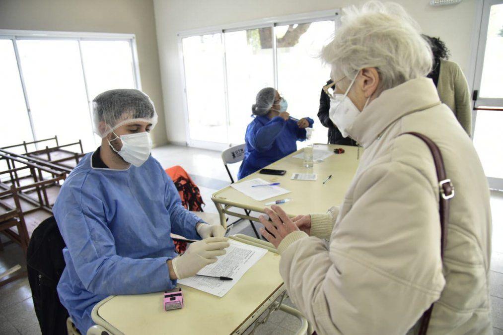 Sigue el plan de inmunización en la sede de la UTN