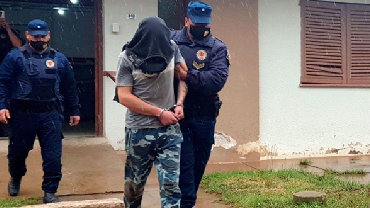 Varias cámaras ubicarían al detenido cerca del lugar del crimen del sacerdote.
