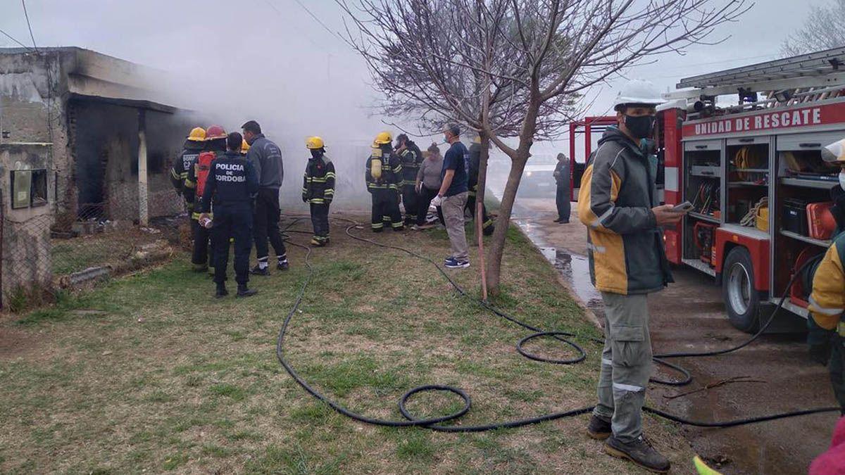 Canals: cruzada solidaria por la familia que perdió todo en un incendio