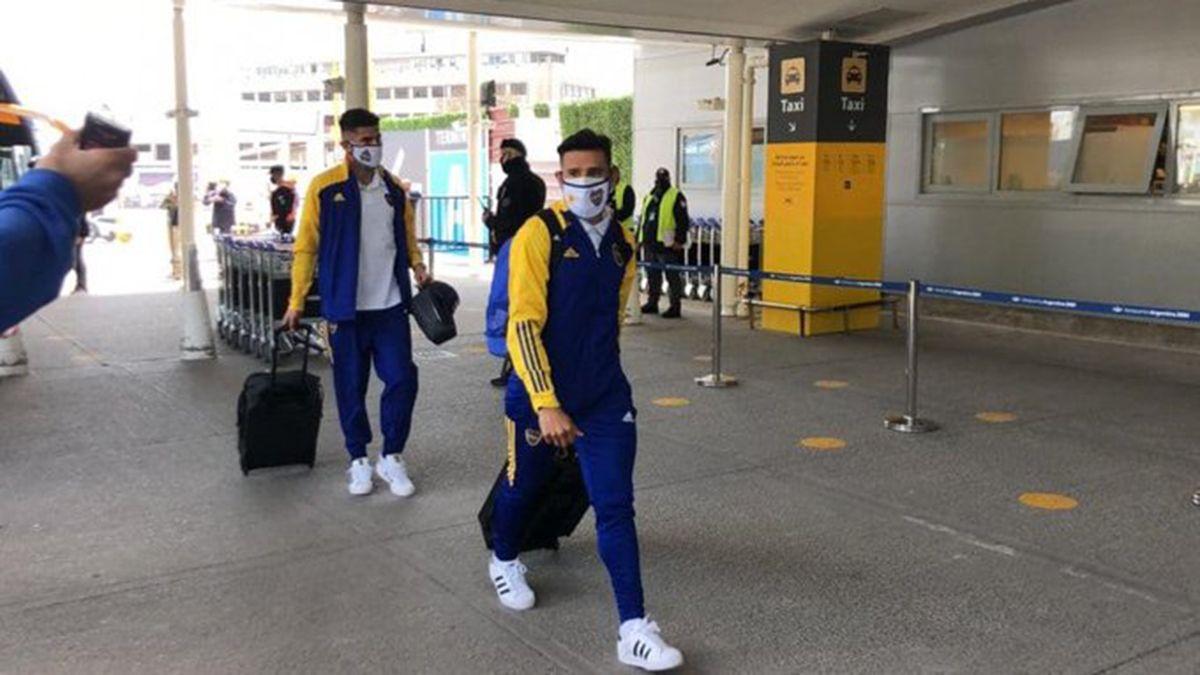 Boca ya partió hacia Colombia