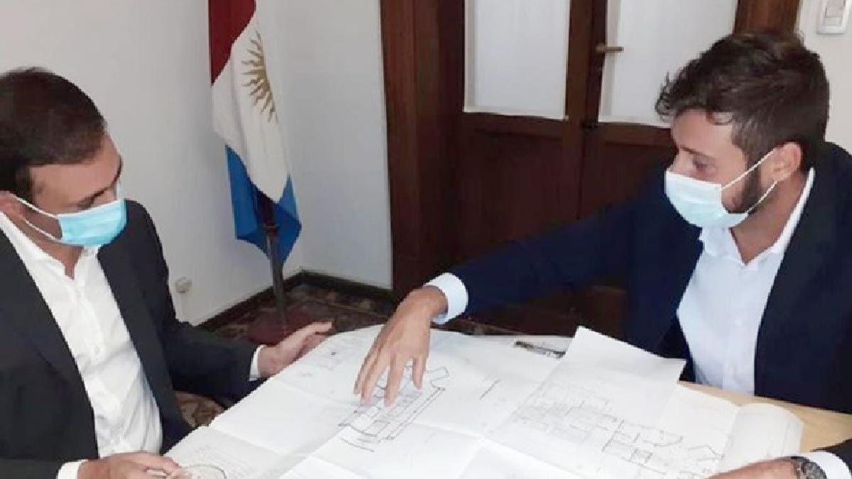 El intendente Morra expuso el proyecto al ministro Julián López.