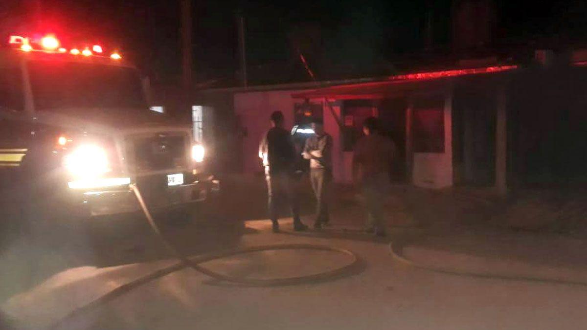 El incendio se desató en una vivienda de barrio Paraíso.