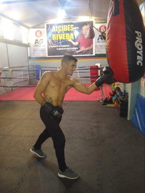 Mayco Estadella en la jornada de ayer en el gimnasio de Alcides Rivera.