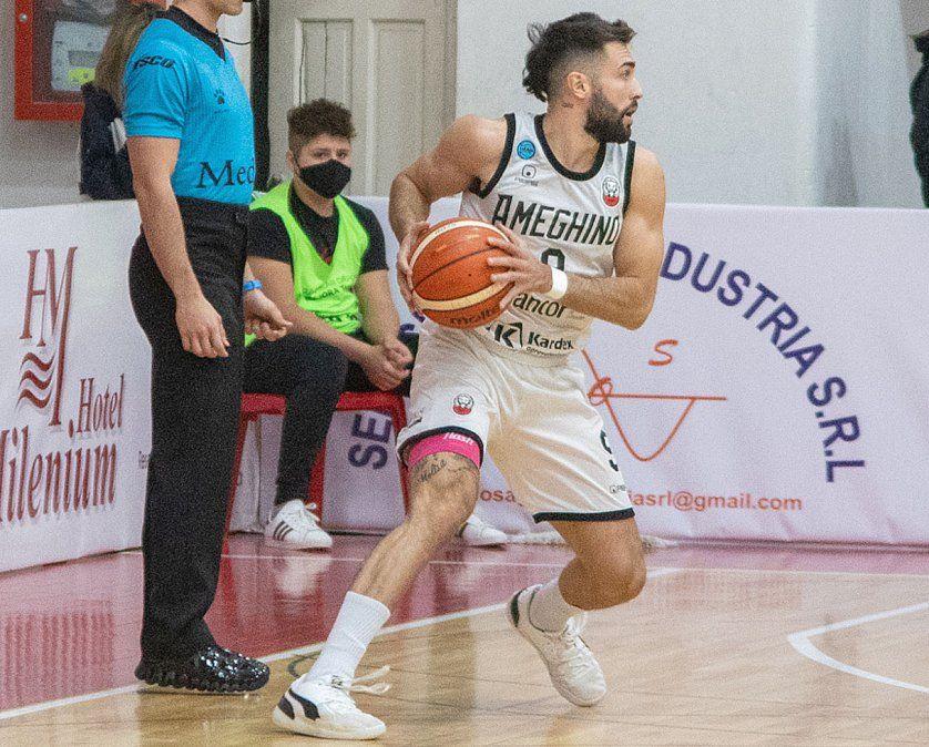 Lautaro Fraga aportó 18 puntos