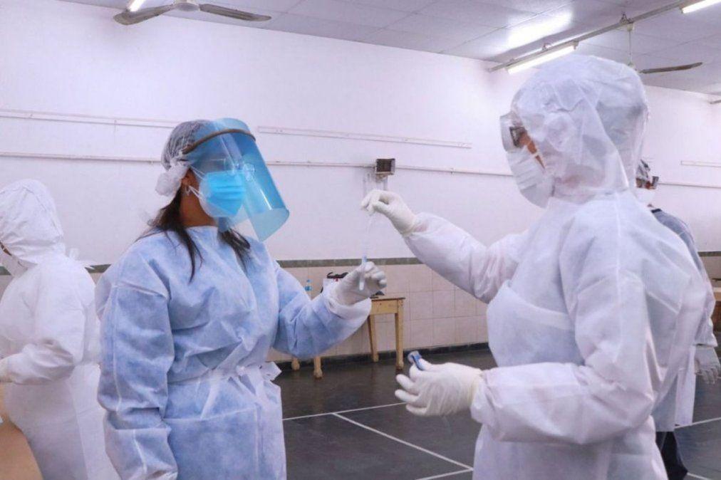 En la provincia de Córdoba se registraron más de 1.800 contagiados