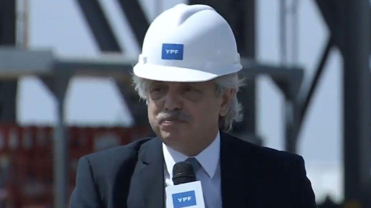 Fernández anunció que mudará la Secretaría de Energía a Neuquén