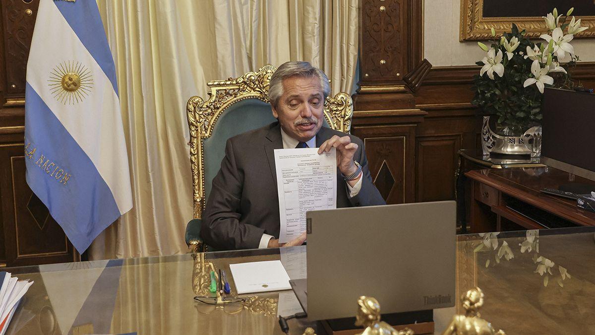 Alberto Fernández mantuvo una videoconferencia con el titular de laboratorios Richmond.
