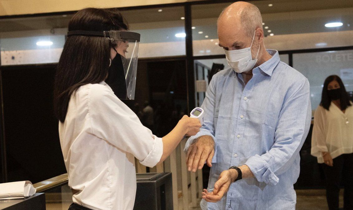 La Argentina desplazó a Perú y es el décimo país con más muertos por coronavirus