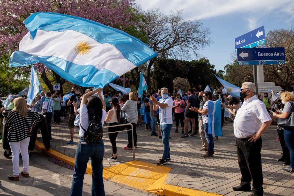 En Villa María hubo protestas en contra de las nuevas restricciones dispuestas