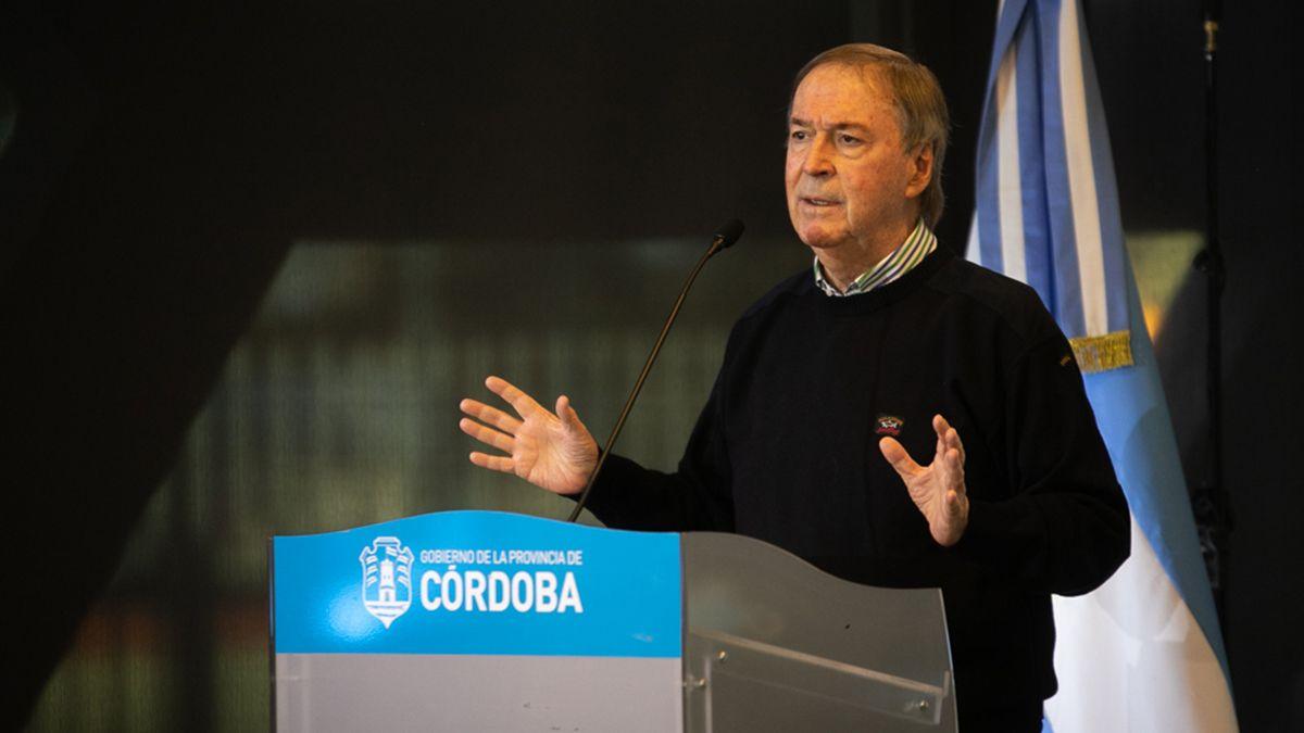 El gobernador Juan Schiaretti encabezó la presentación de las medidas.