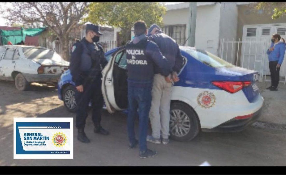 El detenido fue identificado como Axel Gastón Fierro (19).