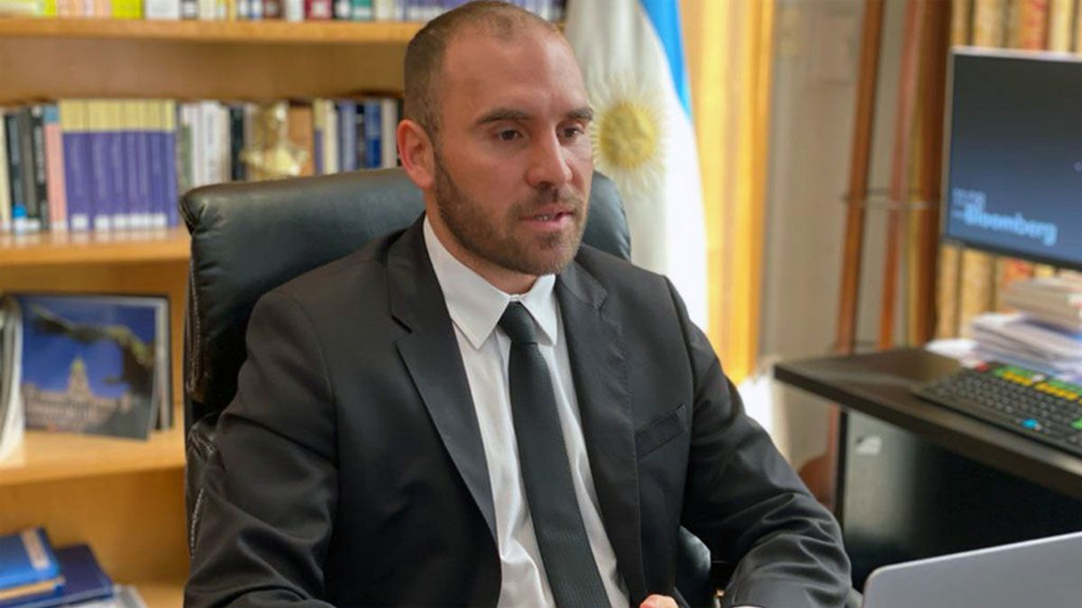 Guzmán: Queremos que el programa con el FMI ayude a la recuperación y a restablecer la estabilidad
