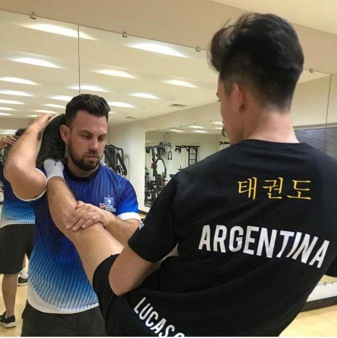 Ezequiel Beliera en una etapa del trabajo que realiza la selección de taekwondo en Kazakjistán antes de los Juegos Olímpicos.